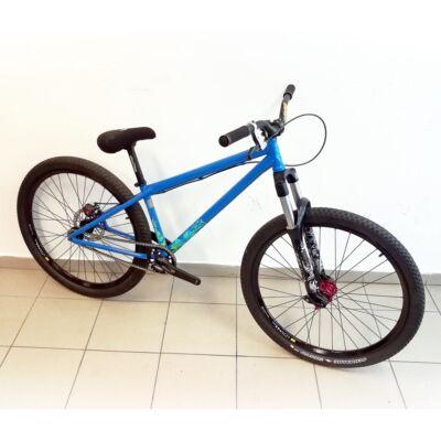 """Kona Shonky Custom 26"""" egysebességes dirt MTB kerékpár, S-es, kék"""